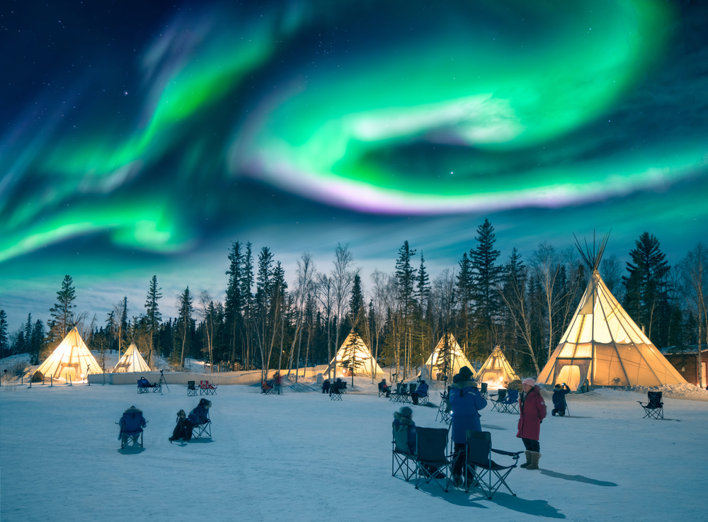 Yellowknife Canada Crédito editorial Ken Phung shutterstock 448090504