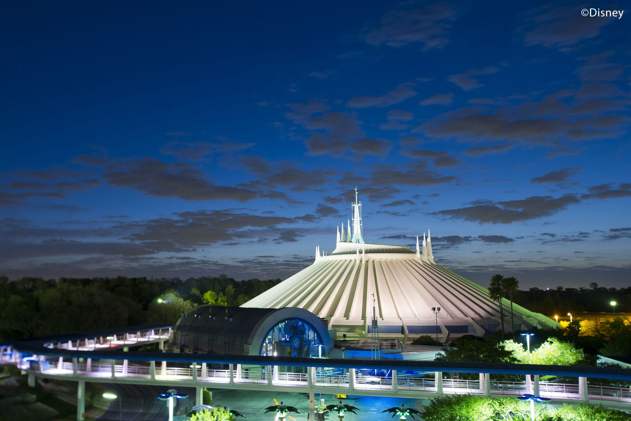 Texto Magic Kingdom Space Mountain 12
